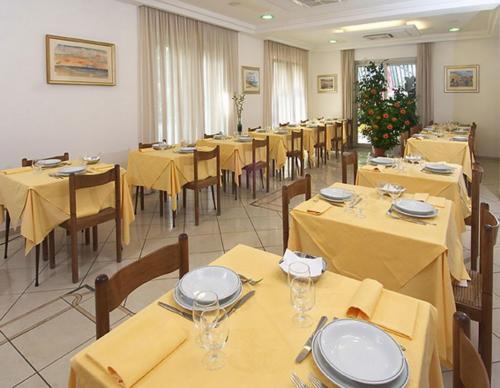 HotelViennaSala